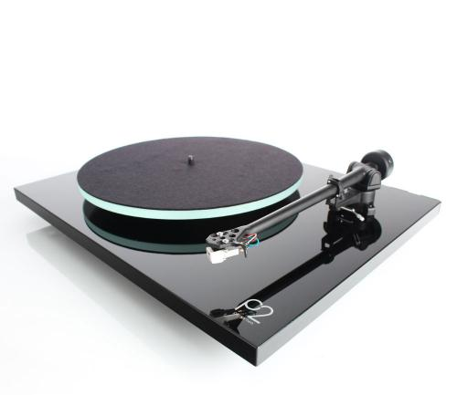 Rega Planar 2 Turntable Inc Carbon MM Cartridge