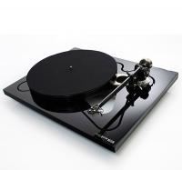 Rega RP8 TurnTable Inc Apheta MC Cartridge